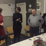 Marie-José Lttikhlt en bestuur bewonersbedrijf Noaberwijk Nijverheid v.l.n.r. Jessica te Hofte, voorzitter - André Schutten, secretaris en Henk Leunk, penningmeester.
